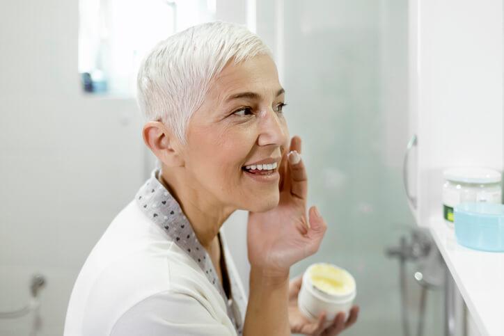Does Medicare Cover Acne Treatment? | HelpAdvisor.com
