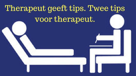 Therapeut geeft tips. Twee tips voor therapeut.