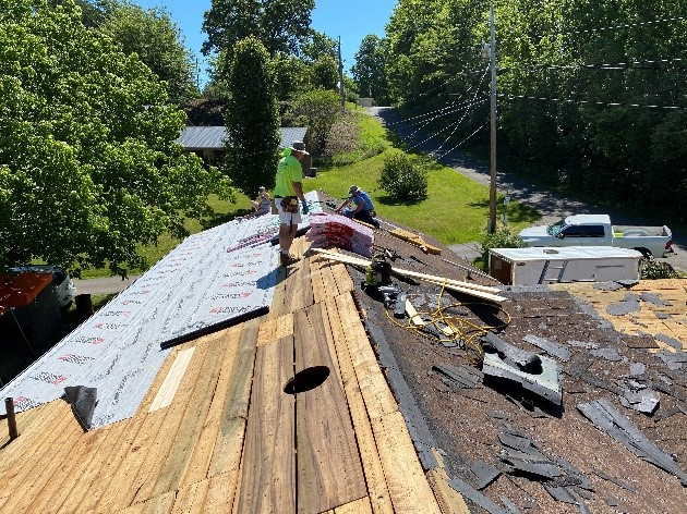 AHA -- AO Home Rehab Blackwell Roof work1