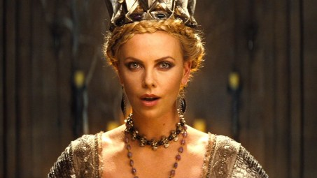 Snow White and the Huntsman Evil Queen Ravenna Charlize Theron