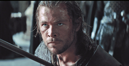 Chris Hemsworth Snow White and the Huntsman2
