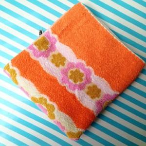 handdoek uit de webshop Retroloekie in blog van hemelsblauw