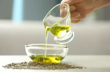 How To Choose The Best Hemp Oil 1