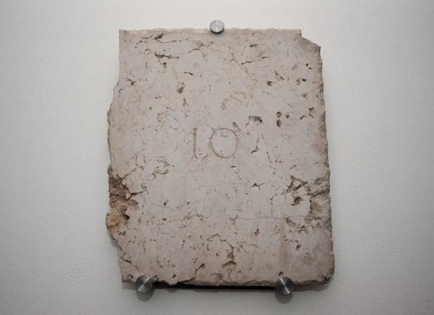 marmo e acciaio (47x38x5 cm)