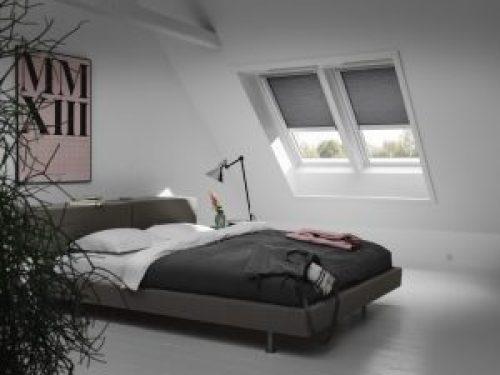 Henke Dachdecker für Rodenberg - Velux Rollos, Wabenplissees und Rollläden leisten Einschlafhilfe bei Zeitumstellung