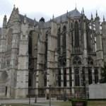 Beauvais in Oise is het omrijden waard