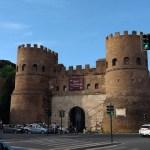 Wandelen langs Aureliaanse muur en Tiber rond stadscentrum Rome