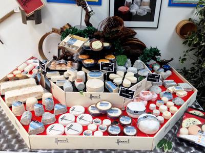 Nos conseils pour valoriser et animer votre rayon fromage  Hennart