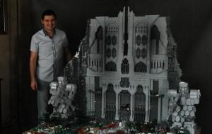 legoerebor 01 300x189 Врата Эребора из 55000 элементов LEGO!