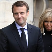 French Embrace Rothschild Flunkie