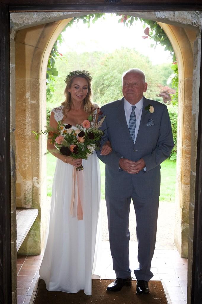 midhurst-wedding-photography-landh-080