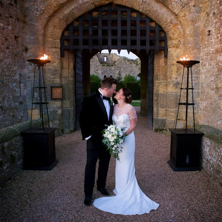 amberley-castle-november-wedding-photography-eandm-308