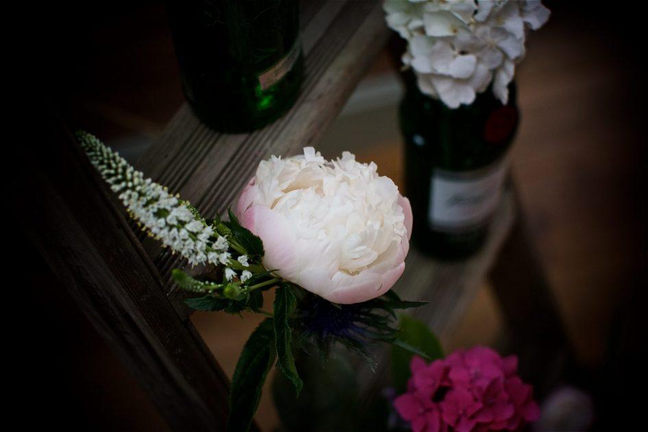 gate-street-barn-july-wedding-photography-nandd-479