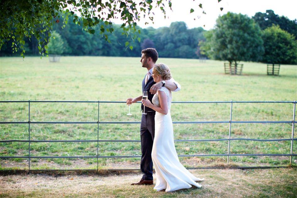 gate-street-barn-july-wedding-photography-nandd-629