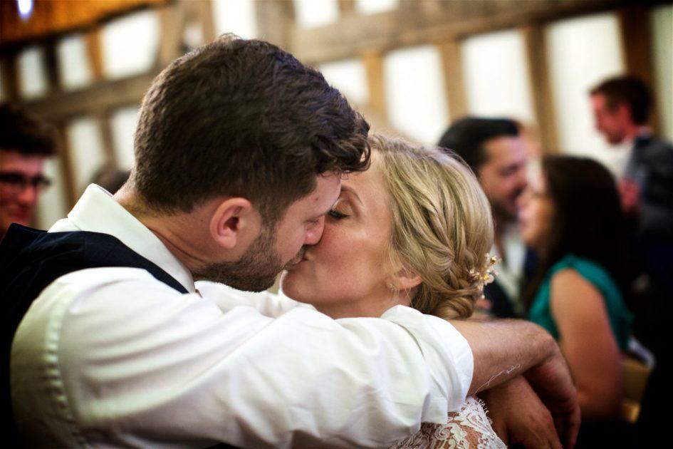 gate-street-barn-july-wedding-photography-nandd-710