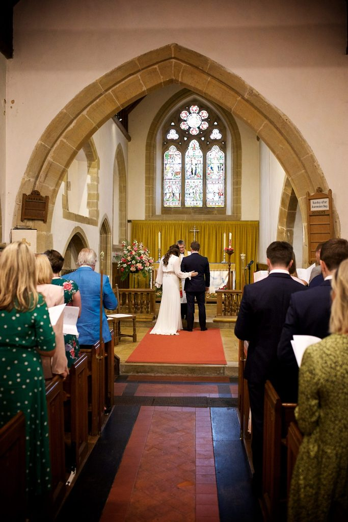 wivelsfield-wedding-photography-landb-123