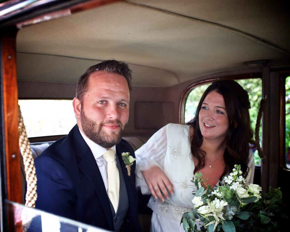 wivelsfield-wedding-photography-landb-200