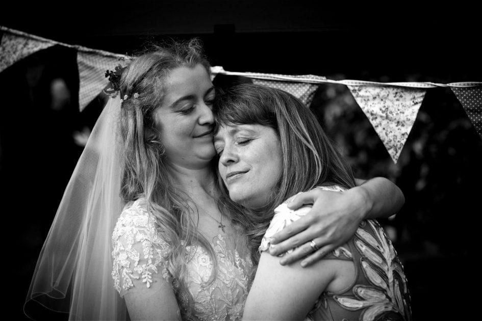 august-wedding-photography-758