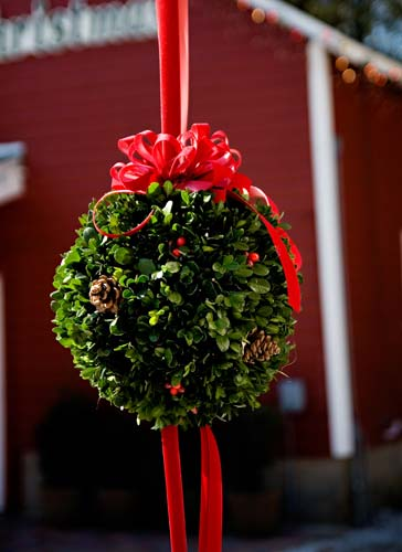 Fresh Handmade Christmas Greenery  Hensler Nursery Inc