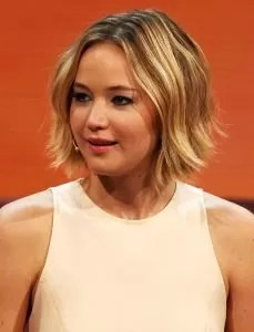 Jennifer_Lawrence_at_214._Wetten,_dass.._-_show_in_Graz,_8._Nov._2014_cropped