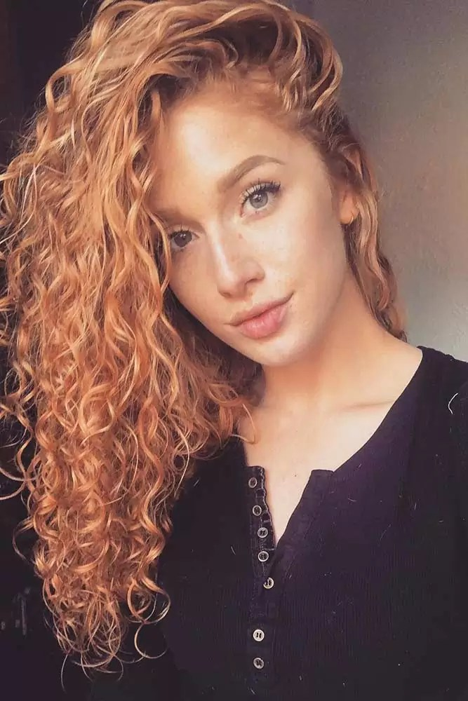 sweet-strawberry-blonde-hair-long-curly