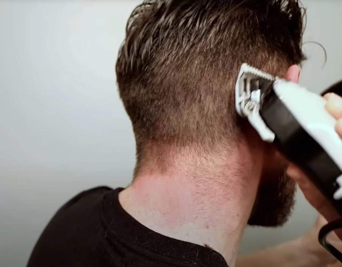 how to cut your own hair 11111111111