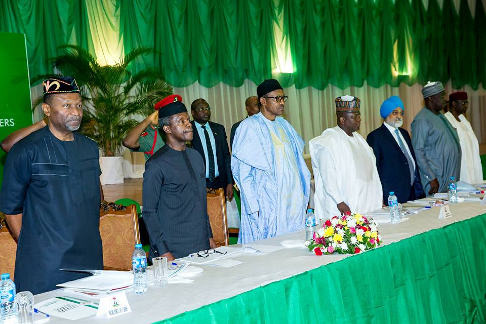 3,4: President Buhari with L-R: Minister of Budget and National Planning Sen. Udoma Udo Udoma, Vice President Yemi Osinbajo, Governor of Zamfara and Chairman Governor's Forum Abdulaziz Abubakar Yari, Former Cabinet Minister and Economic Adviser to the Prime Minister of India Prof. Montek Singh Ahluwalia, Secretary to the Government of Federation Babachir Lawal and Chief of Staff Abba Kyari.