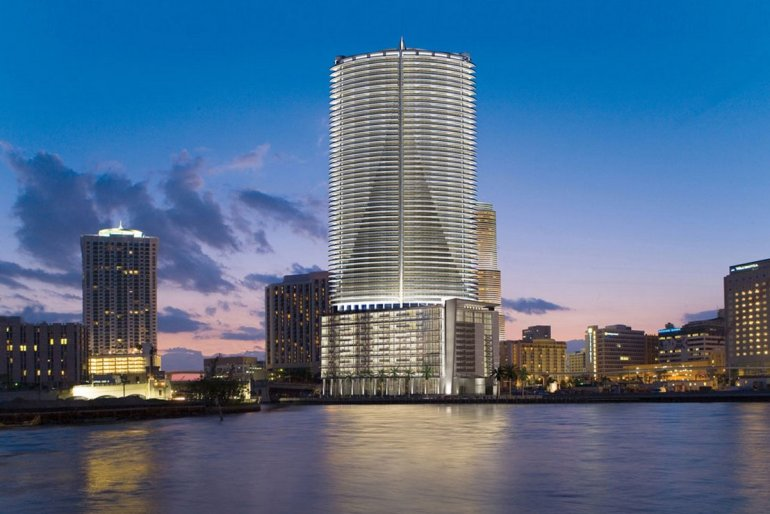 ortega-he-owns-the-epic-residences-and-hotel-in-miami-considered-to-be-one-of-the-best-luxury-hotels-in-the-us