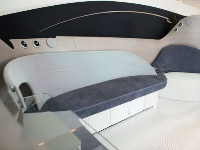 beds-and-tables-inside-the-yacht-are-extendable-so-that-you-can-create-more-space-when-needed