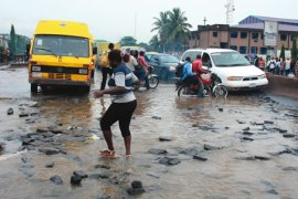 Flooded-Road-Lagos-Potholes