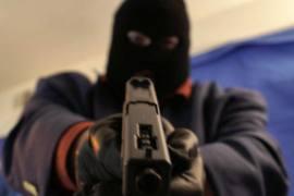 gunmen robbing