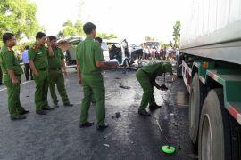 Bus crash kills groom and 12 family members