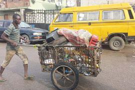 cart pusher in Lagos