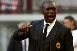 Coach Clarence Seedorf