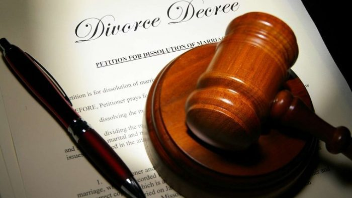 Pastor Seeks Divorce, Alleging Wife Demands Bribe Before Sex -5336