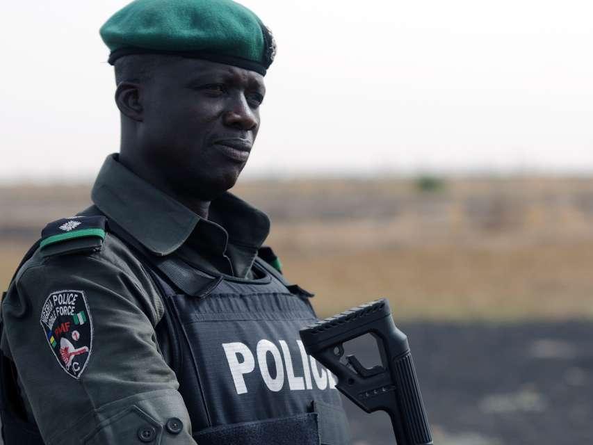 osun police evangelist steals phone in ibadan
