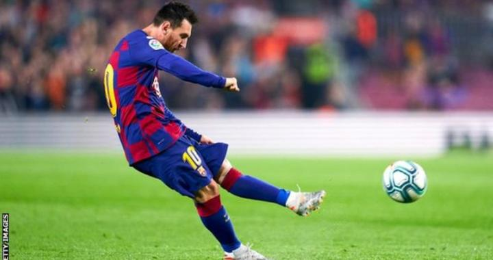 Messi score 50th freekick