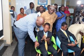 students-abuja-receive-free-tablets