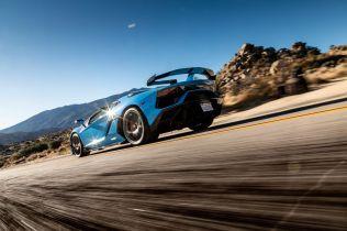 2020-lamborghini-aventador-svj-roadster-drive-106-1576871369