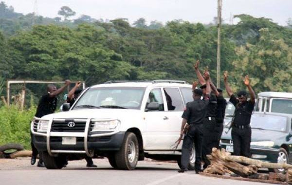 Commuters lament over multiple Police checkpoints along Lagos-Badagry Expressway