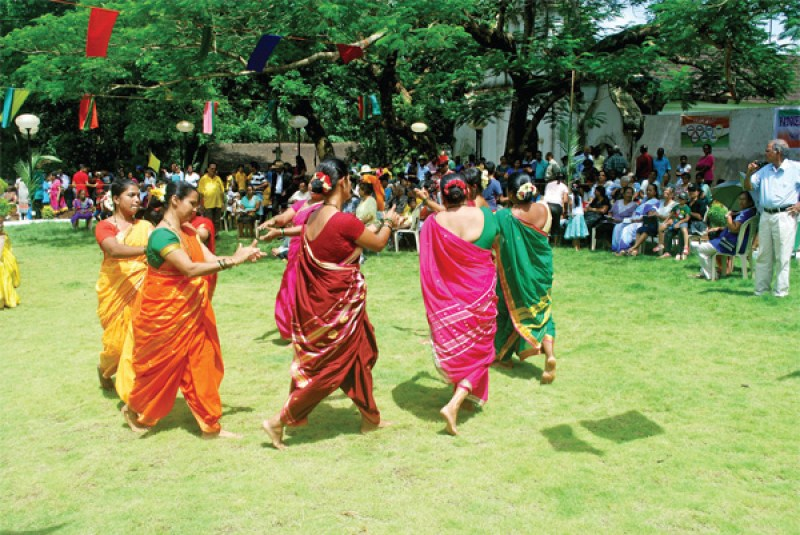 Herald: Women dance to the fore with Fugdi