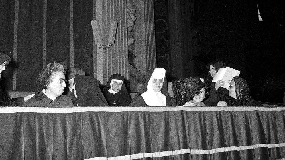 Mujeres en el Vaticano II