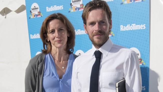 Abigail Thaw endeavours to follow in father John's Inspector Morse footsteps