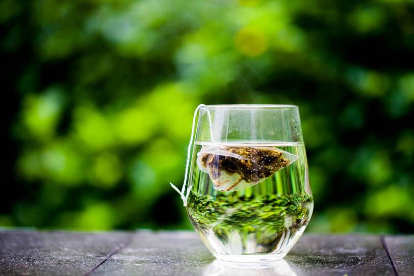 What are the health benefits of drinking green tea