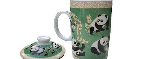 Tasse à thé aux pandas