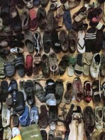 schoenen-jolanda-pikkaart-225x300