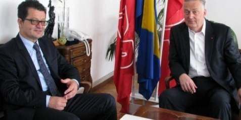 https://i0.wp.com/www.hercegovina.info/img/repository/2014/10/web_image/zz_61030950.jpg?resize=477%2C238