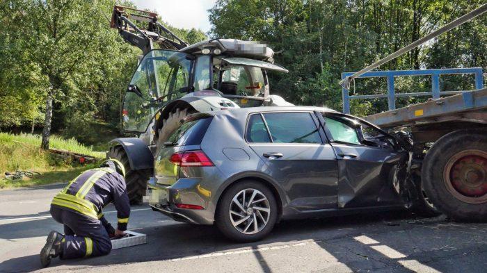 Schwerer Verkehrsunfall auf der L722 bei Wilnsdorf