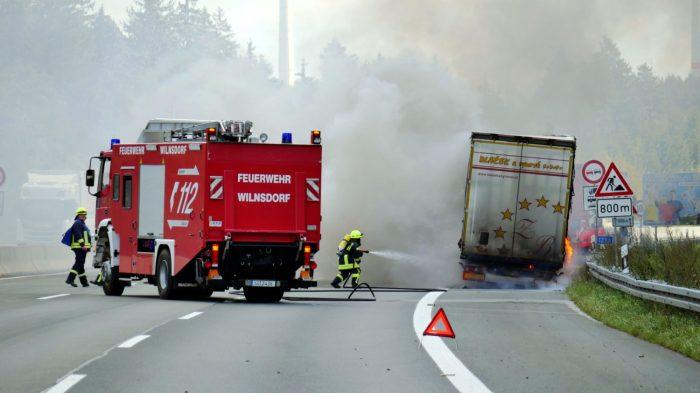 Lkw-Brand auf der A45