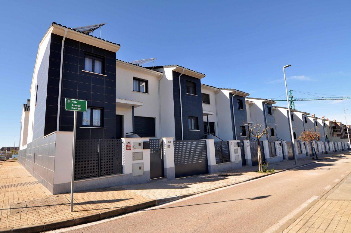 herederos basilio retortillo empresa construccion montehermoso extremadura viviendas promocion caceres chalets adosados casas